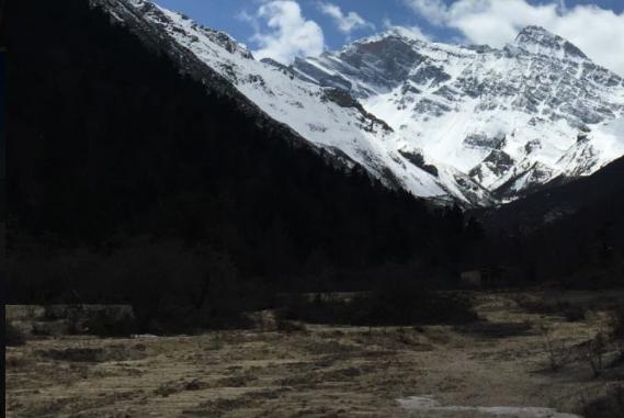 勇攀高峰 科研学者与珠穆朗玛峰的不解之缘